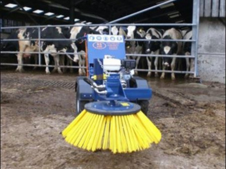 R S Agrimix Cubicle Rapide Brush Sweeper