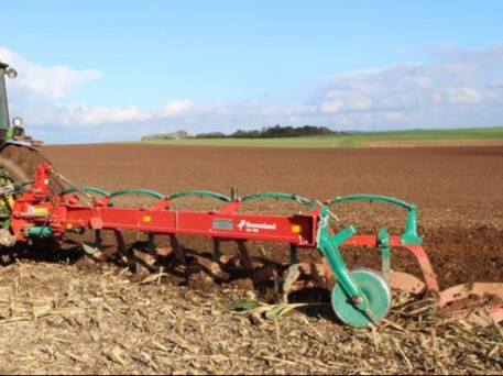 KVERNELAND MOUNTED CONVENTIONAL PLOUGHS